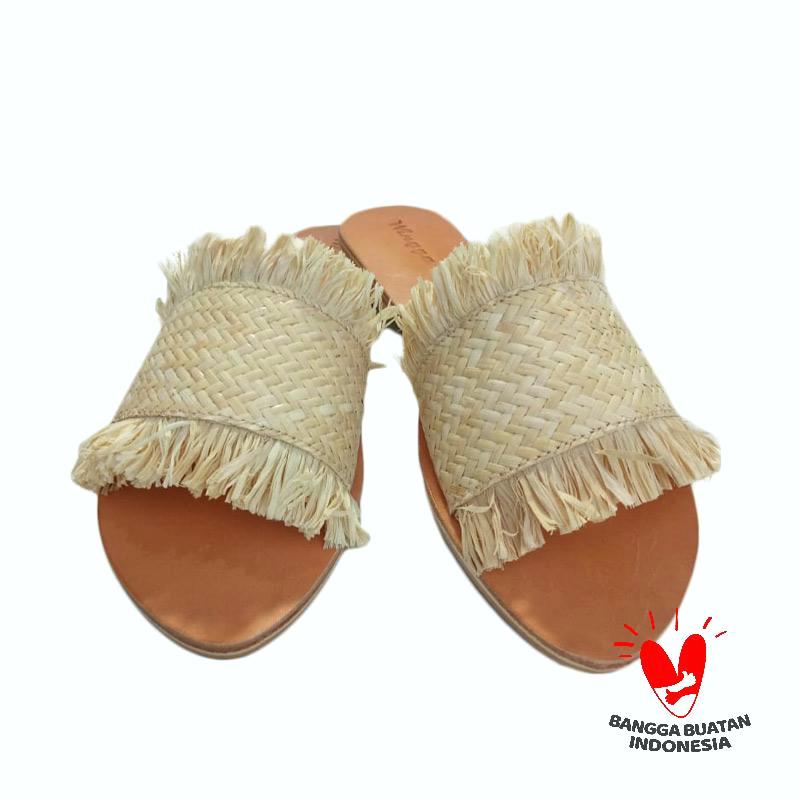 koleksi foto dan model serta gambar wingga wingga tikar sandal selop wanita full10 terkait sandal selop wanita