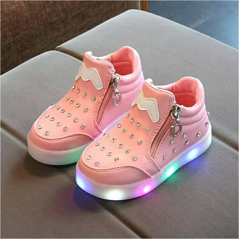 koleksi foto dan model serta gambar myeisha14 sepatu boot diamond led anak perempuan full03 tentang Sepatu Anak Perempuan