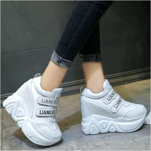 rihanna store sepatu sneakers wedges platform tebal a korea warna putih untuk wanita 50eae ec336e1cefa6cdc771fba380d7d1c utm source=detail product&utm medium=barang sejenis terkait sepatu sneakers wedges platform tebal a korea warna putih