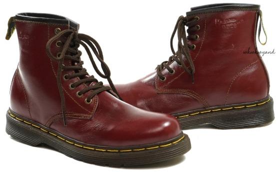 Sepatu Kulit Merk Dr martens