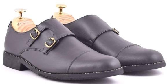 Sepatu Azcost