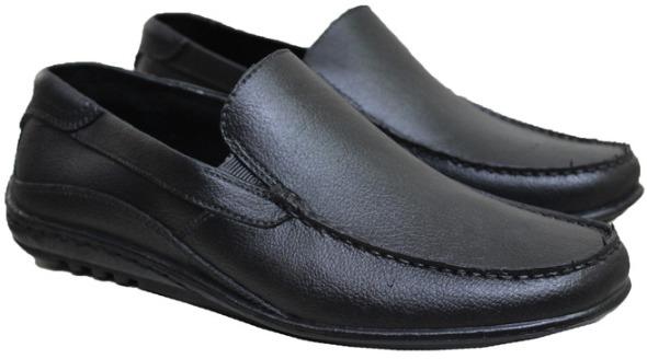 Sepatu Karet Formal C