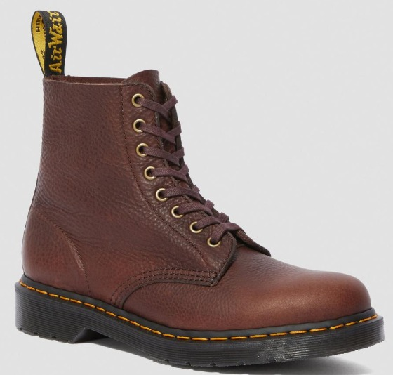sepatu boot Dr. Martens