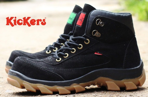 Sepatu boots kickers