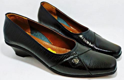 sepatu yupelia