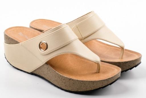 Foto gambar model FLADEO Sandal Wedges Wanita [LDJ272-1RV]