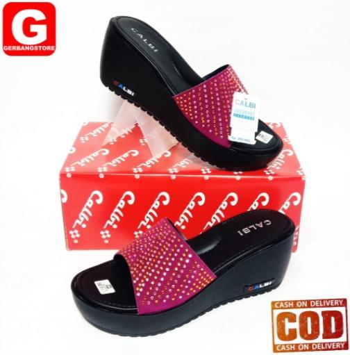 foto gambar model Sandal Wedges Calbi terbaru